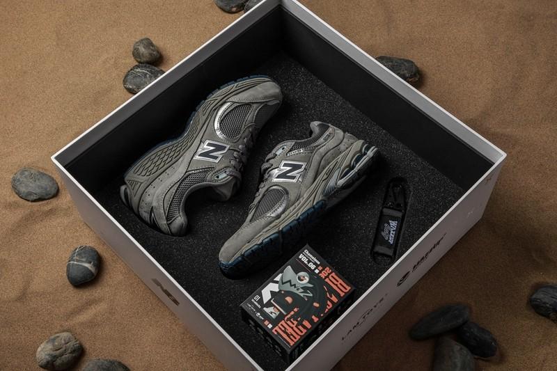 LAMTOYS,WAZZUPbaby,New Balance  买鞋送盲盒!火遍全网的「变色龙」联名 NB 来了!