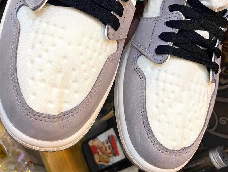 Air Jordan,DB2889-100,Gore-Tex  清爽浅色装扮!全新配色「雨鞋」AJ1 实物曝光!你打几分?