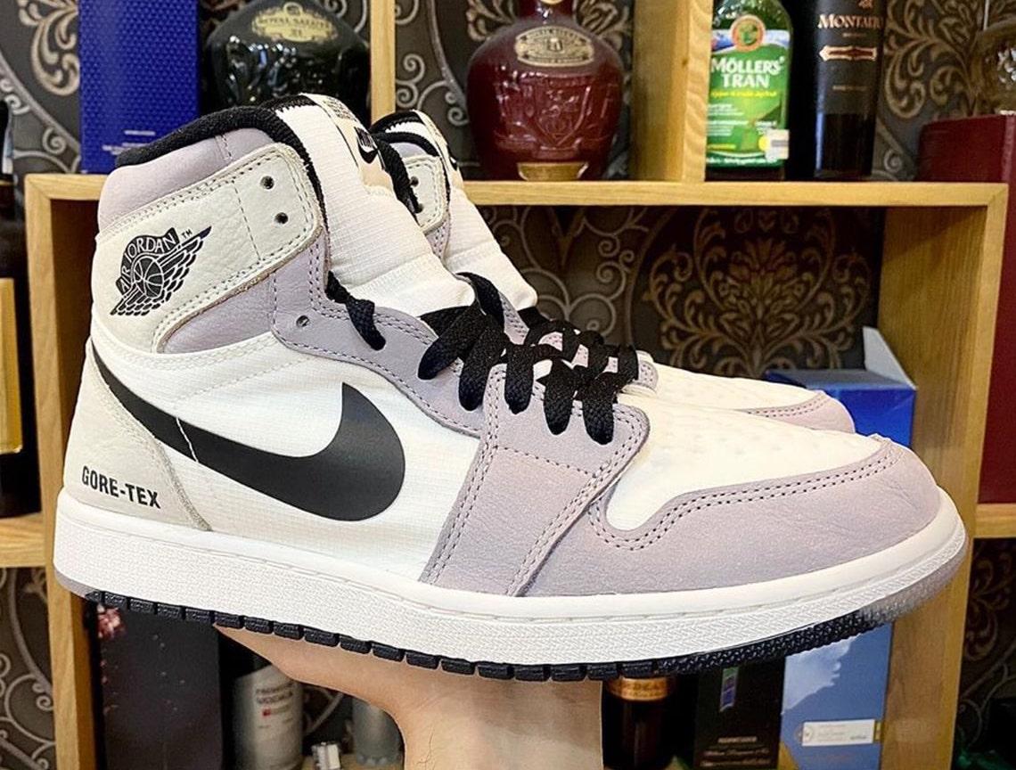 Yeezy,Nike,adidas  年底狠鞋还有 30 多双!除 OW 联名、两双新倒钩,还有「最强满天星」!
