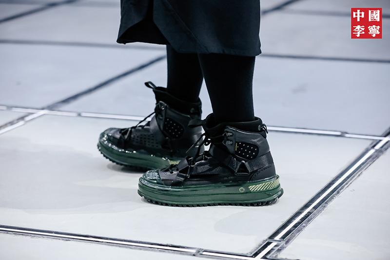 李宁,盘古 Boot,发售  造型超帅还带䨻!都在问的李宁「山系机能新鞋」终于来了!