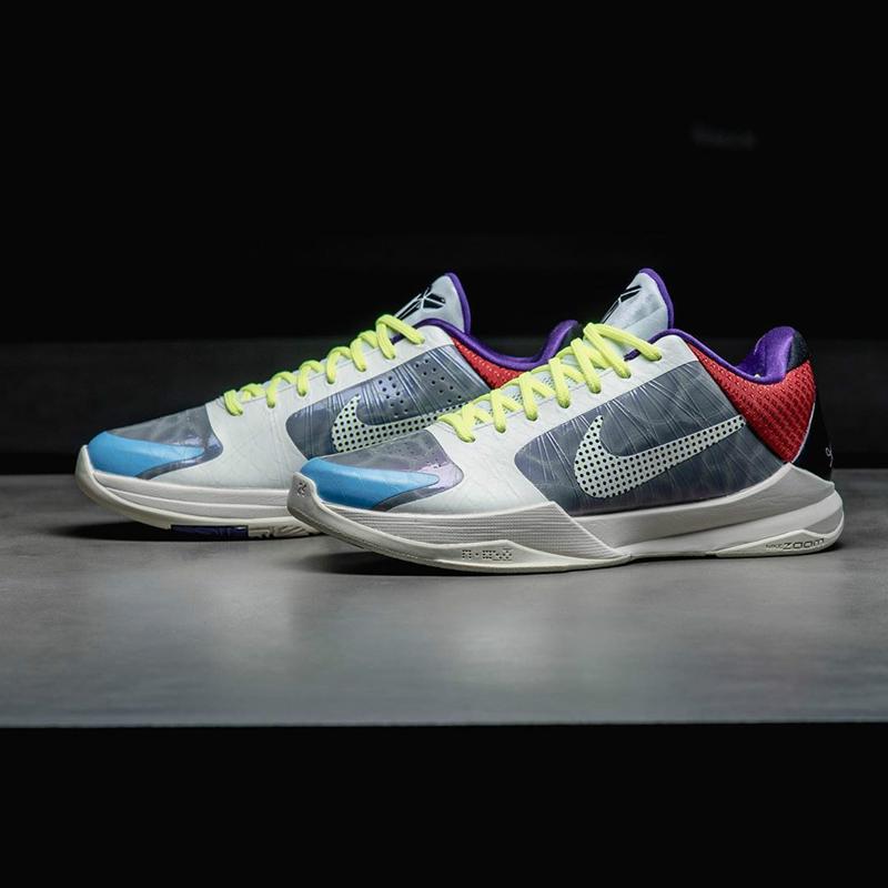 AJ14,AJ9,CLOT,Nike Mag,Nike Ai  肯豆男友晒鞋挑衅!「鞋王」险些翻车!塔克:全球就三双的 Yeezy 你有吗?