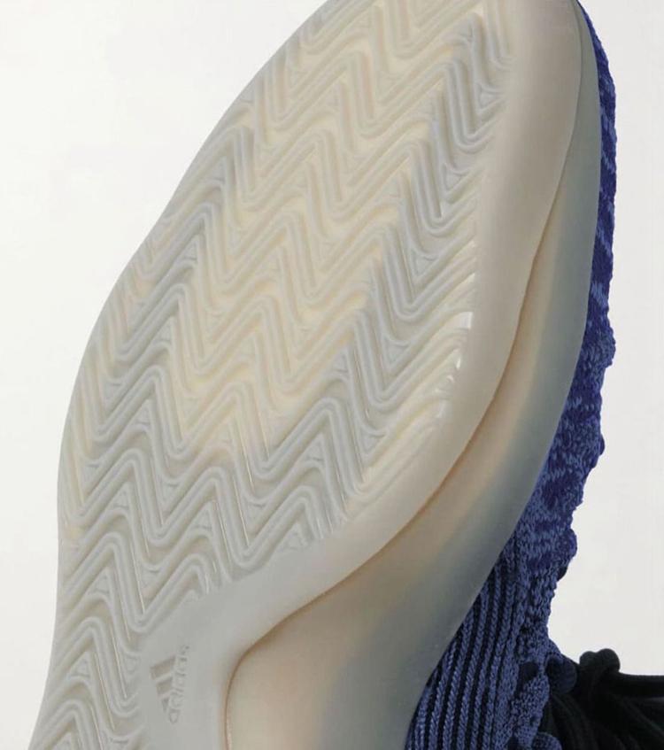 adidas,YZY BSKTBL,KNIT 3D,Slat  侃爷又玩骚操作!Yeezy 篮球鞋 2.0 曝光!鞋身风格大变!