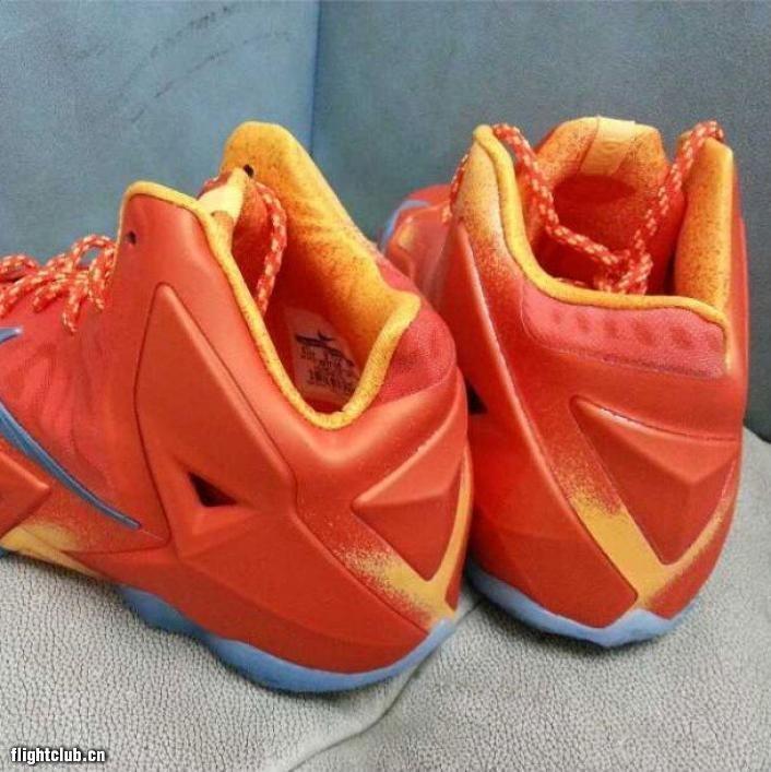 Nike LeBron 11 GS 橙/金属银 实物曝光