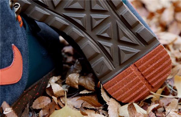 Poler x Nike ACG Trainerendor Mid Premium 联名鞋款现已丢售