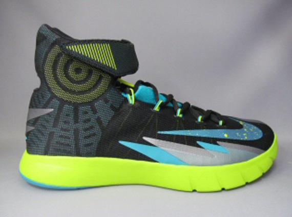 Nike Zoom Hyperrev 三月新品预览