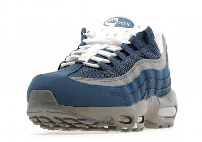 Nike Air Max 95 全新配色现已丢售