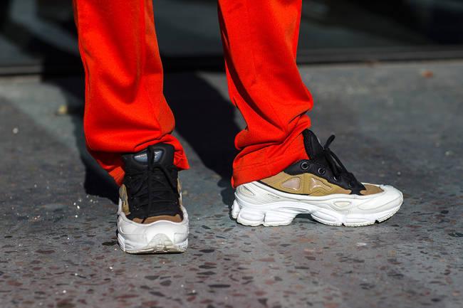球鞋上脚  冷淡风盛行!看看哥本哈根时装周的球鞋上脚吧!
